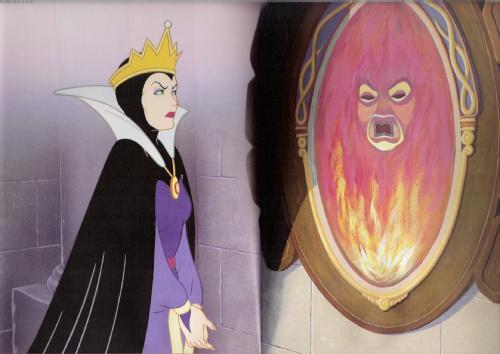 El 15m y el espejo de la bruja hizo crac propolis for Espejo blancanieves
