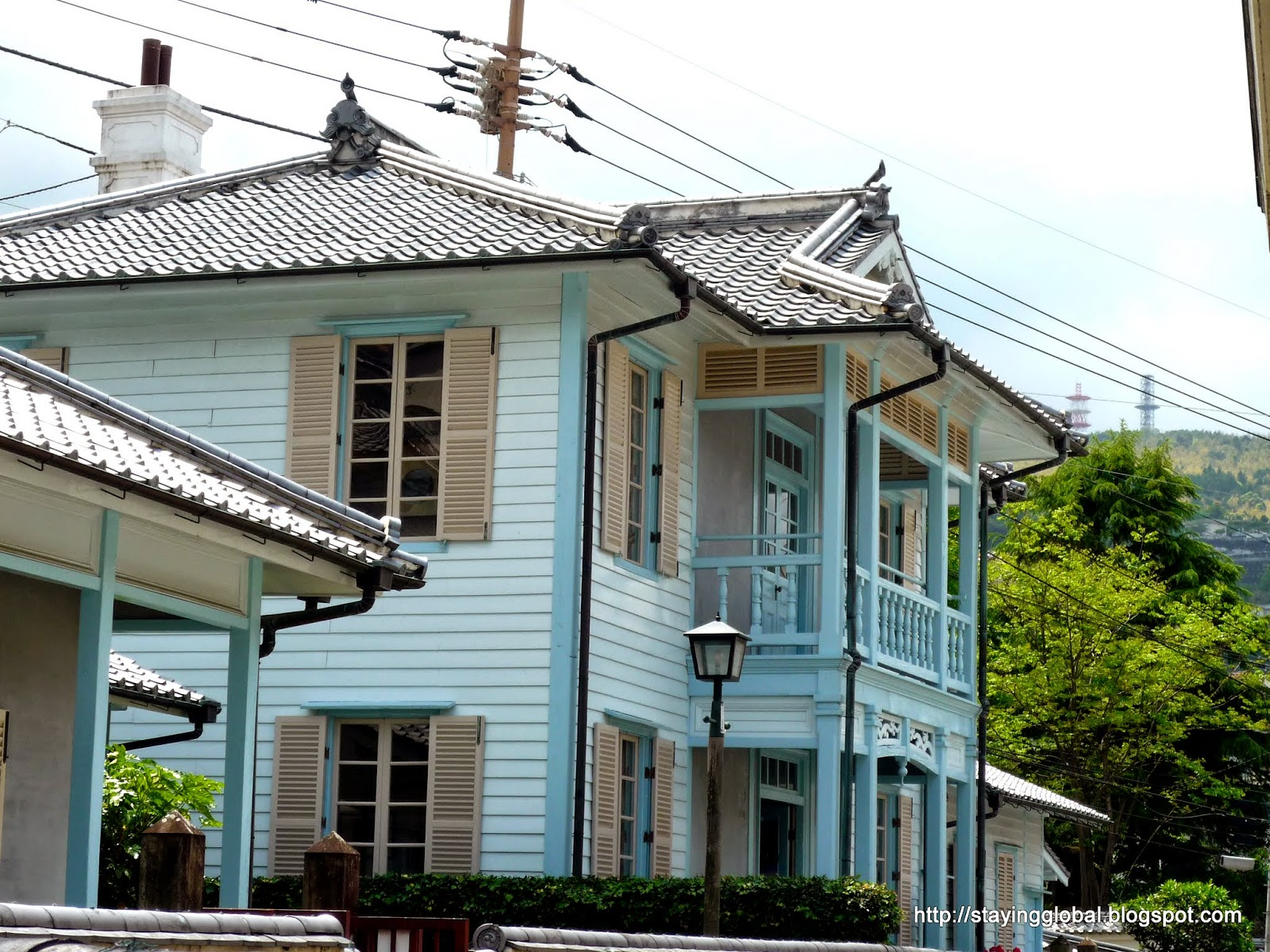 A japanese life nagasaki hollander slope and western for Western style houses