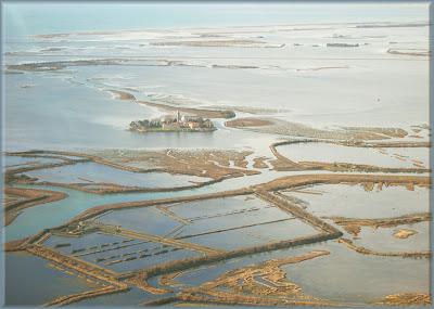 Grado - Laguna con Isola di Barbana - vista aerea