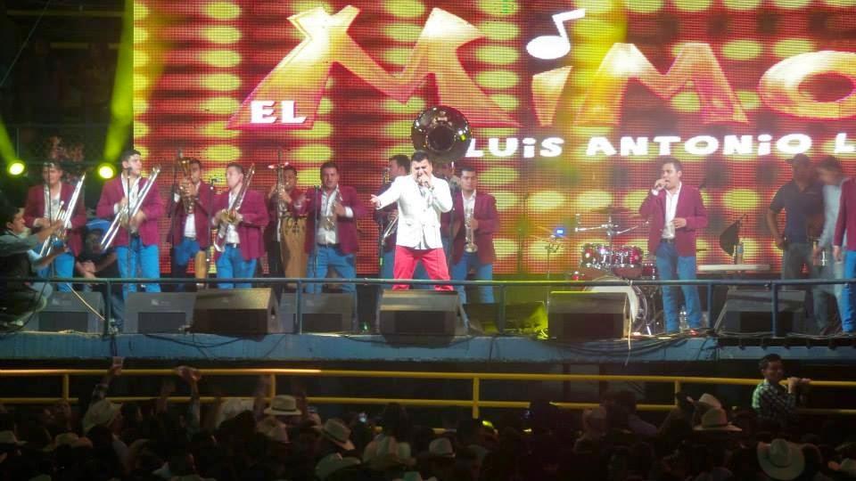 Luis Antonio en vivo
