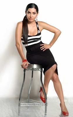 Karina Mora