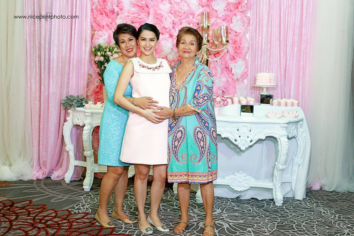 her baby shower just the perfect fit for gma 7 39 s primetime queen