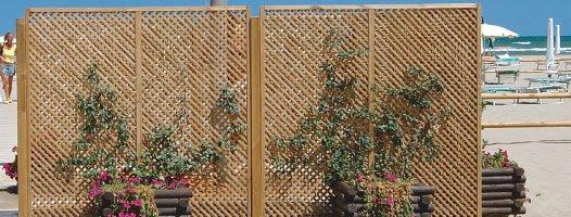 Mobili lavelli divisori per giardino ikea for Divisori da esterno