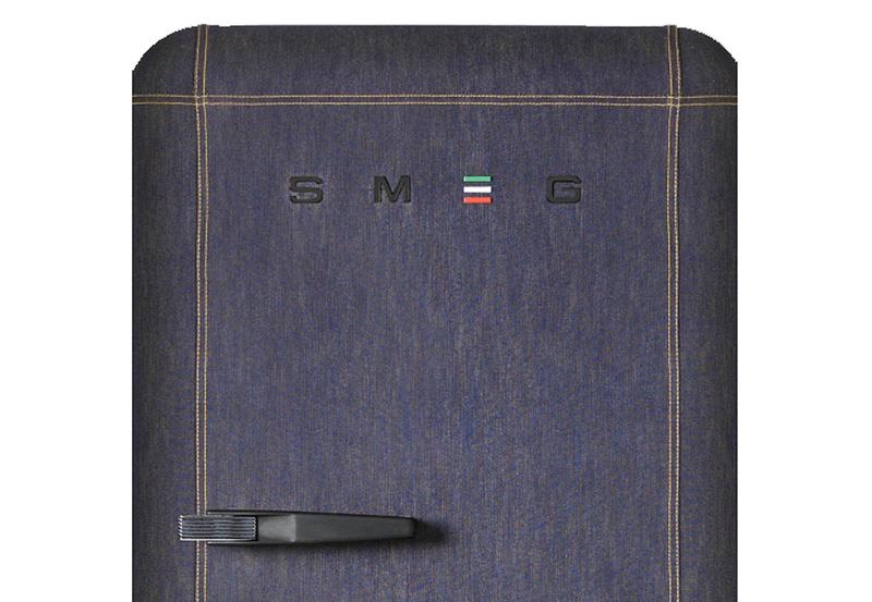 chillin 39 in denim the smeg fab28 jeans refrigerator. Black Bedroom Furniture Sets. Home Design Ideas