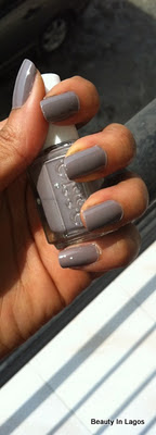 Nail Of The Day (NOTD) – Essie