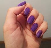 Resolvi aderir à moda das unhas de pelúcia. Escolhi o Siq Floc (pelinho) .