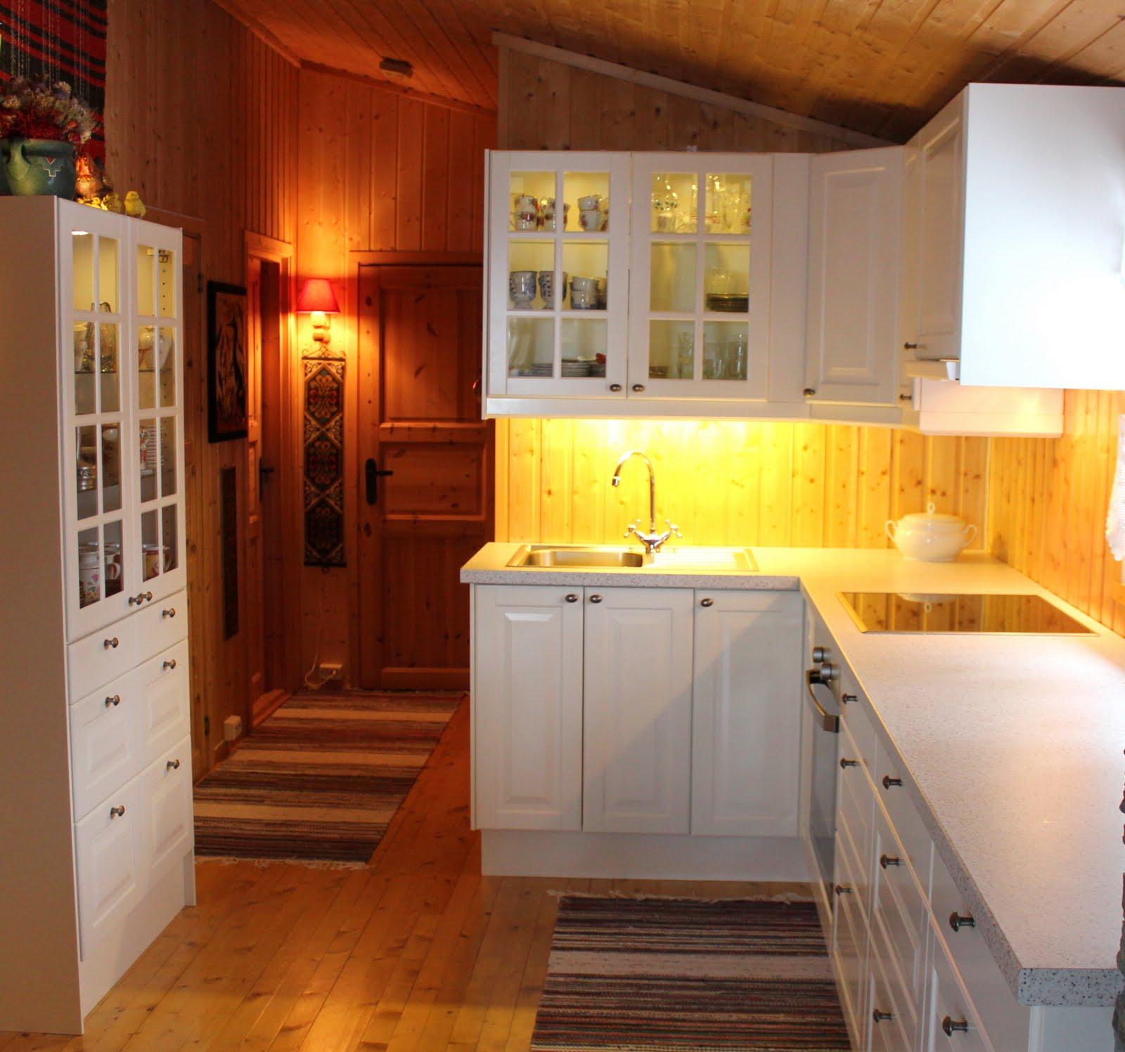 Designfruen: Oppussing av hyttekjøkken