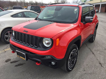 New Jeep Renegades Arrive at Caprara's