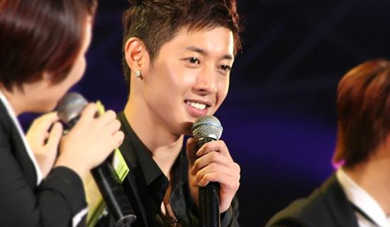 Kim Hyun Joong chưa bao giờ hết hot trên địa hạt âm nhạc