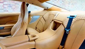 Interior Mobil Aston Martin Vanquish Indonesia_4