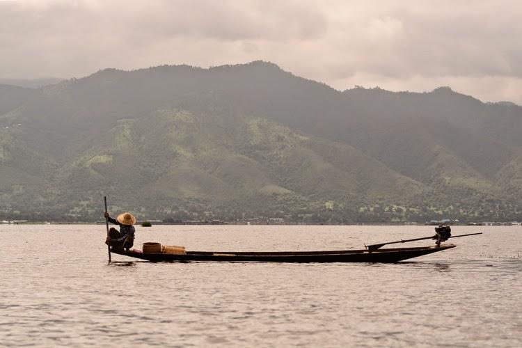 inle, lac inle, birmanie, myanmar, lac, tomates, voyage, photos de voyage, pêcheurs, argent, soie, papier