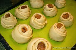 булочки готовые к выпечке