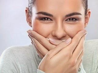 Faktor Penyebab Penyakit Bau Mulut