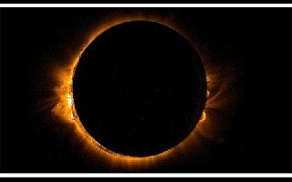 Pela primeira vez na história, a sombra projetada por um eclipse cobrirá exclusivamente a superfície correspondente ao território de um só país, embora os especialistas afirmem que o alcance do fenômeno será enorme, dado que, à medida que as fases do eclipse se desenvolverem, ele deixará várias cidades na penumbra.