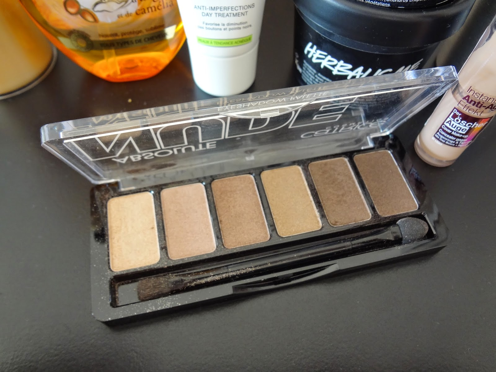 produits-beaute-decevants-disappointing-beauty-products-flops-elnett-protection-chaleur-garnier-ultra-doux-huile-merveilleuse-noreva-actipur-creme-anti-imperfections-catrice-make-up-absolute-nude-fards-yeux-palette-lush-aqua-marina-herbalisme-nettoyant-gemey-maybelline-instant-anti-age-effaceur-yeux-eraser-phyto-phytoapaisant-sanoflore-eau-rose-organic-bio-tangle-teezer-compo-ingredients-silicones