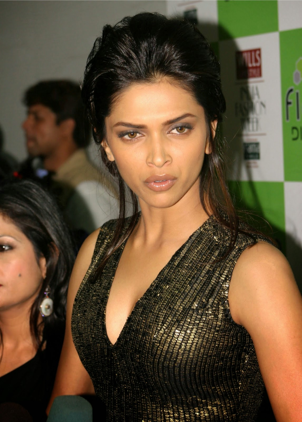 Deepika Padukone in Glittery Black Dress