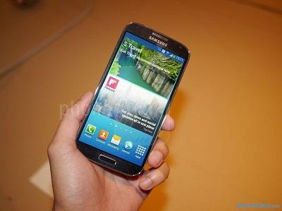 spesifikasi Samsung I9500 Galaxy S 4 harga terbaru, gambar dan review hp Samsung I9500 Galaxy S iv 2013 2014, fitur dan kelebihan handphone Samsung I9500 Galaxy S 4 octa core