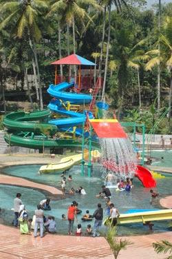 Ini Dia Tempat Wisata Primadona Baru Di Temanggung Terletak Tidak Terlalu Jauh Dari Terminal Kota Temanggung Pikatan Water Park Menjadi Wisata Unggulan