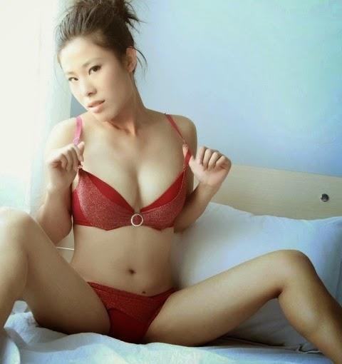 sahara knite naked hot