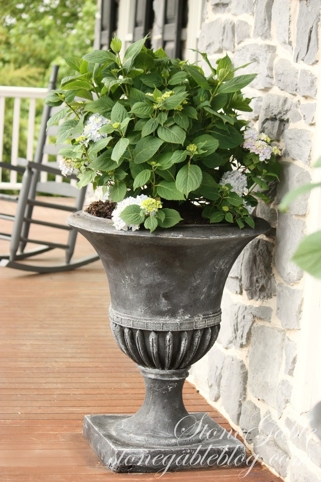 Summer porch planting stonegable this weekend i planted endless bloom hydrangeas in my newly painted urns look for an upcoming post about painting a pot to look aged rubansaba