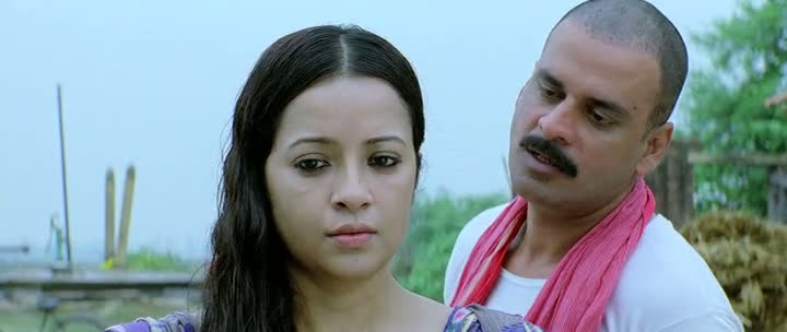 Screen Shot Of Hindi Movie Gangs of Wasseypur 2012 300MB Short Size Download And Watch Online Free at worldfree4u.com