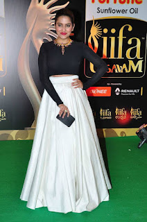 Actress Vishakha Singh Latest Pictures in Stylish Dress at IIFA Utsavam Awards 2016 25284