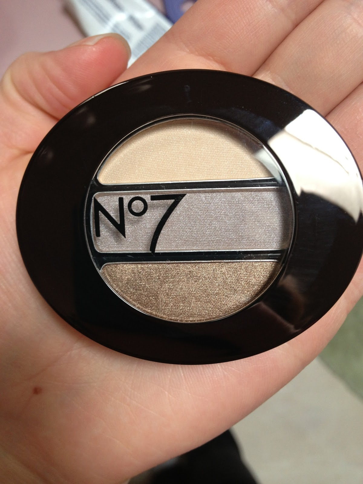 nova makeup  beauty  and life  no 7 stayperfect trio