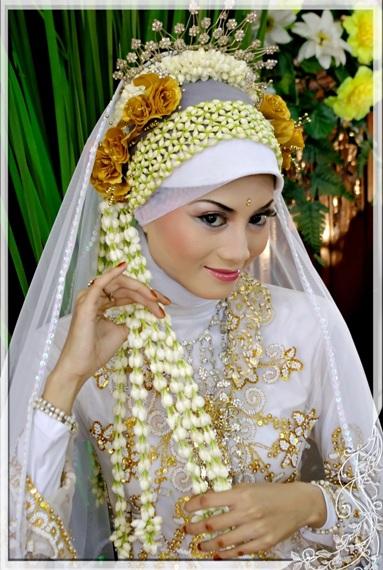 10 Ide Jilbab Pengantin | Cara Memakai Jilbab