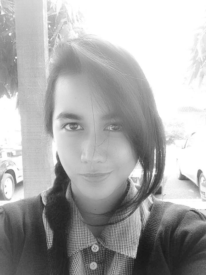 Novalia Karina Effendi