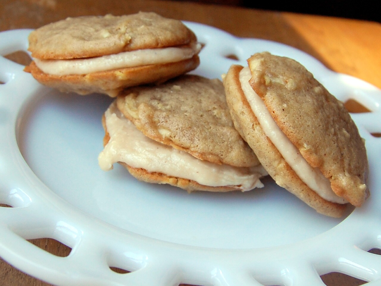 ... Craves: Apple Whoopie Pies with Cinnamon Caramel Cream Cheese Filling