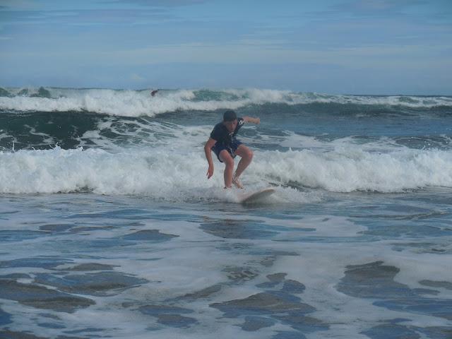 dieye-at-salinas-beach-las-dunas-surfcamp-hostel-spain-surf-trip-2015-atlantic-ocean-spaander-sealiberty-cruising