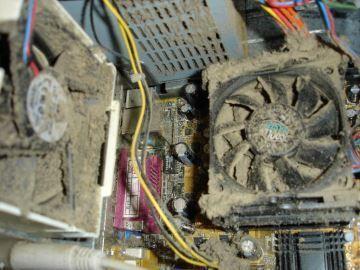 Com tanta poeira assim, esses ventiladores não adiantam em nada