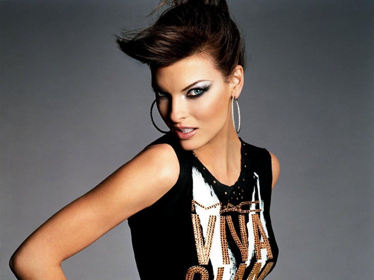 Linda Evangelista Hot Hot Hot 17
