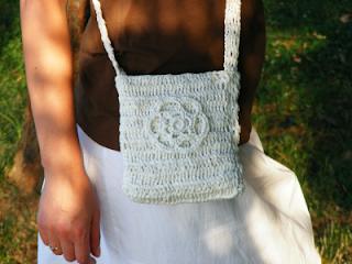 geanta unicat handmade croset rafie alba