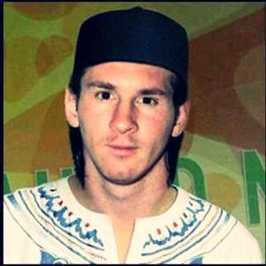 Lionel Messi Masuk Islam