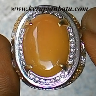 NATURAL YELLOW CHALCEDONY KODE KB178