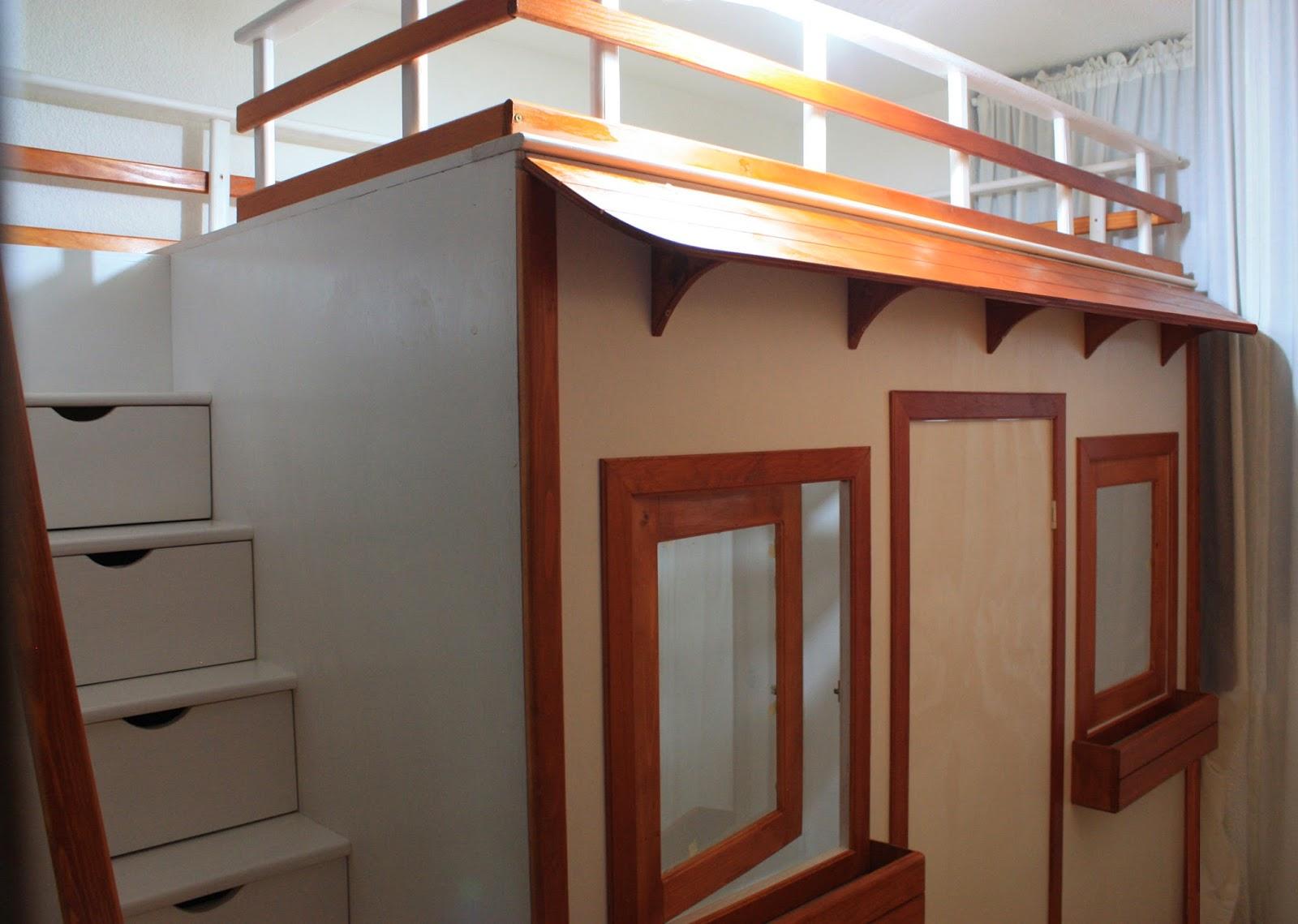 Rec mara de ni a litera y casita fabricada en madera for Casas reducidas