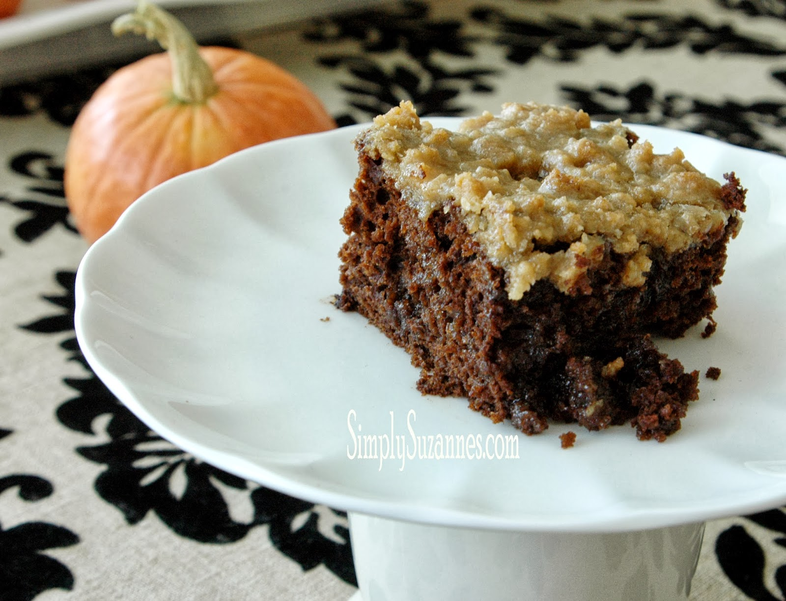 Simply Suzanne's AT HOME: chocolate pumpkin & brown sugar streusel ...