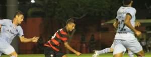 Veja os gols do jogo Vitória 1 x 3 Grêmio