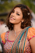 Komal Jha latest dazzling photos gallery-thumbnail-19