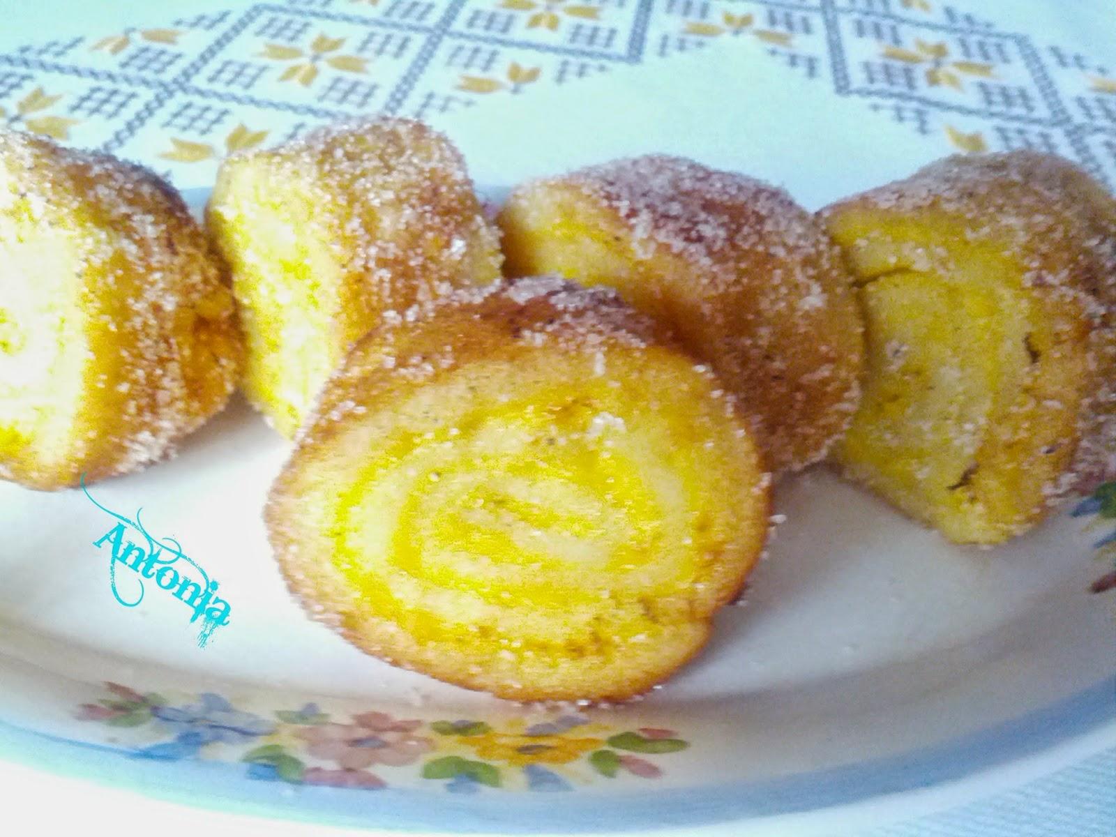 Rollitos De Torrijas Con Crema De Naranja