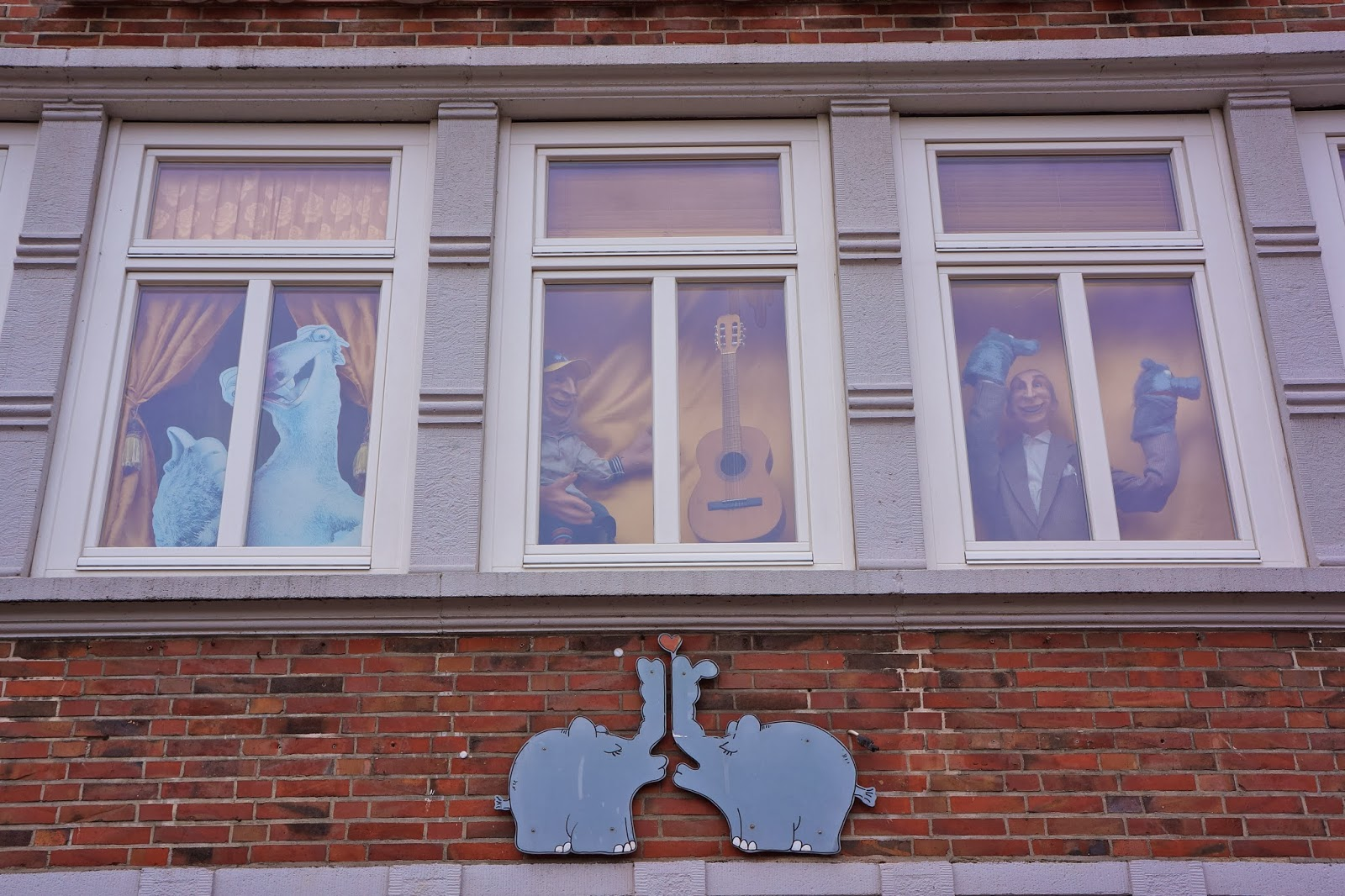 Picture of Ottifants on the facade of Dat Otto Huus in Emden, Germany.