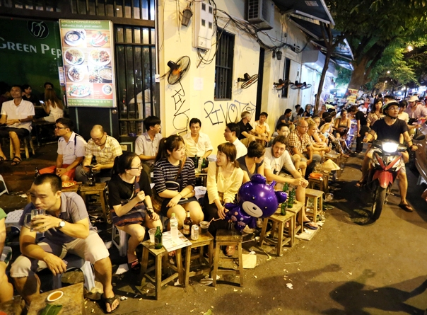 Things to do in Hanoi at night