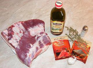 ingrediente rulada din piept de porc preparata la cuptor, retete cu porc, retete cu piept de porc, preparate de craciun si revelion preparare, retete de craciun si revelion preparare, ingrediente fripturi la cuptor cu carne de porc, retete culinare,