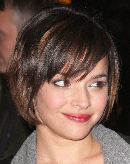 short haircuts for straight hair and round faces