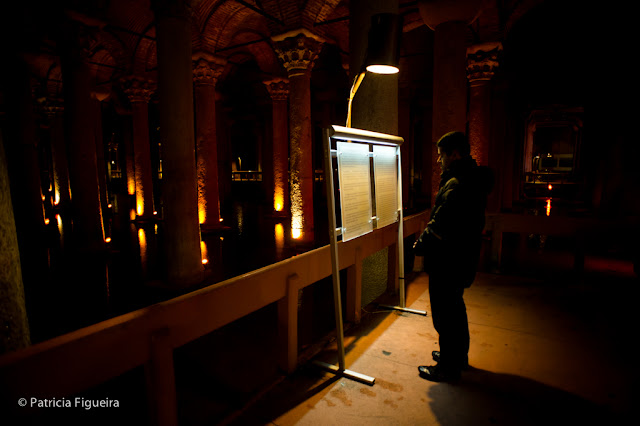 Vinícius learning about the Roman Cistern