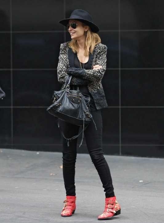 Aninha S Blog Chloe Studded Susan Ankle Boots