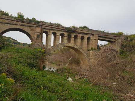 Υδατογέφυρο στον Άσσο Κορίνθου