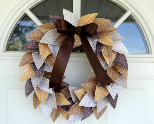 Paper Leaf Wreath Tutorial