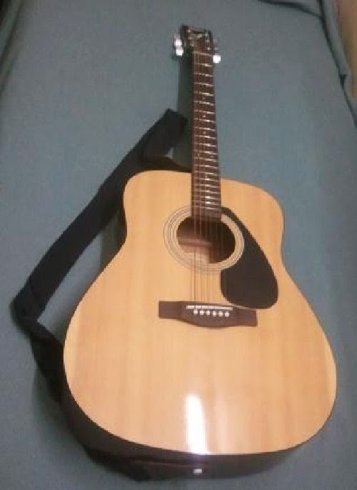 Harga Gitar Akustik Yamaha F 310